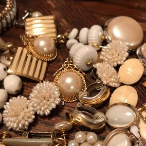 Vintage Jewelry - Large lot of black & white VTG jewelry